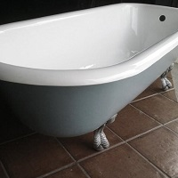 Recovered tub